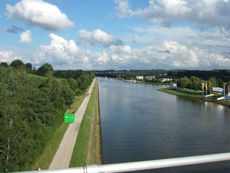 mit-dem-fahrrad-ans-nordkap.de fahrrad nordkap thumbs fahrrad-reise-tour-dscf1766-bruecke-fahrrad-reise-tour-deutschland.jpg